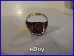 10K Yellow Gold Mens Masonic Ring Red Stone Stunning Vintage EXC 5.1grams SZ 10