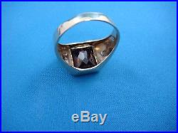 10k Yellow Gold Men's Vintage Ring With Red Stone And 2 Small Diamonds, Size 12