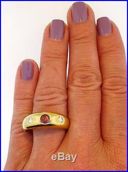 Diamond Ruby 18K Yellow Gold Retro Vintage Men's Gent's or Unisex Ring