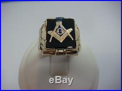 Masonic Vintage Men's Black Onyx Ring, 10k Yellow Gold, 6.7 Grams, Size 8