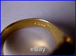 VINTAGE ESTATE 750 YELLOW GOLD MASSIVE MENS RING with CARNELIAN, LONDON, 1950