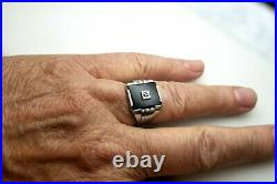 VINTAGE MAN'S 10 KARAT WHITE GOLD BLACK ONYX RING With DIAMOND 4.9 GRAMS