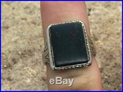 VINTAGE Men's 14K White Gold Engraved BloodStone Ring Size 8.75