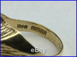 VINTAGE SOLID 9CT GOLD MENS SIGNET RING and Central Diamond Size UK M 1/2