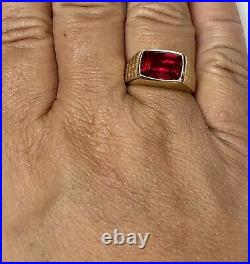 Vintage 10K Yellow Gold Men's Ruby Ring Size 10.75