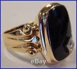 Vintage 10k Yellow Gold Onyx & Diamond Mens Ring Stunning Design! Sz 9.5