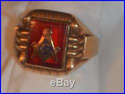 Vintage 1950's Masonic Symbol Inlaid Flush into a Ruby 10k Solid Gold Men's Ring