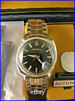 Vintage Bulova Accutron M6 214 Asymmetric 14kt GF Bezel Ring STLSTL Mens Watch