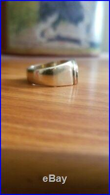 Vintage Estate Mens Solid 18K Yellow Gold ring. Size 10