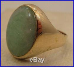 Vintage Men's 10 Carat Jade Jadeite 9K Gold U. K. Hallmarked Ring