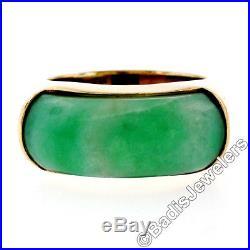 Vintage Men's 14K Solid Yellow Gold Wide Curved Custom Cut Bezel Set Jade Ring