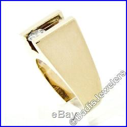 Vintage Men's 14K Yellow Gold. 56ct Floating Moving Round Brilliant Diamond Ring