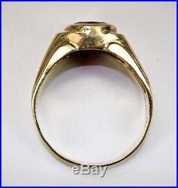 Vintage Mens Ring Art Deco Era Streamline 14K Yellow Gold 4.7 Carats Ruby c1930s