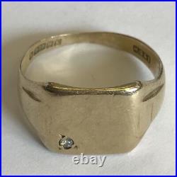 Vintage Solid 9ct Yellow Gold Men's Diamond Signet Ring Size UK S US 9 1/4 1959